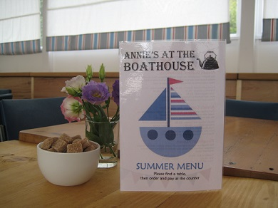 Annie's at the Boathouse